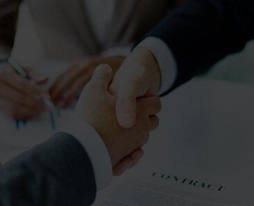 handshake-close-up-executives1